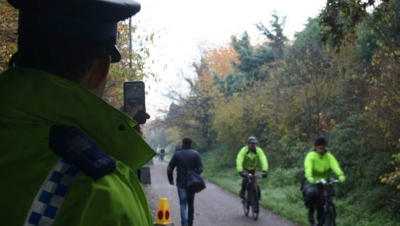 Police stop speeding cyclists
